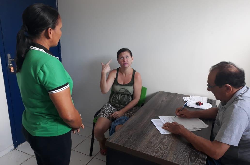 A presença de um intérprete nas consultas aprimora a execução do atendimento em saúde, mas não garante a qualidade do serviço. (Foto: Foto: Site Prefeitura de Bacabal)