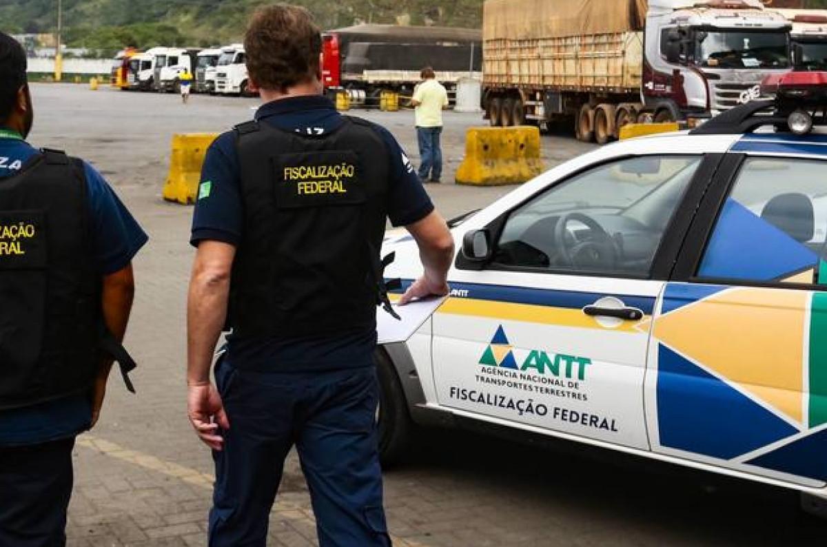 Para o transportador que realizar o serviço em valor inferior ao piso mínimo, a multa será de R$ 550. (Foto: Reprodução)