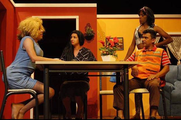 A peça retrata o cotidiano de uma família típica imperatrizense. (Foto: Reprodução)