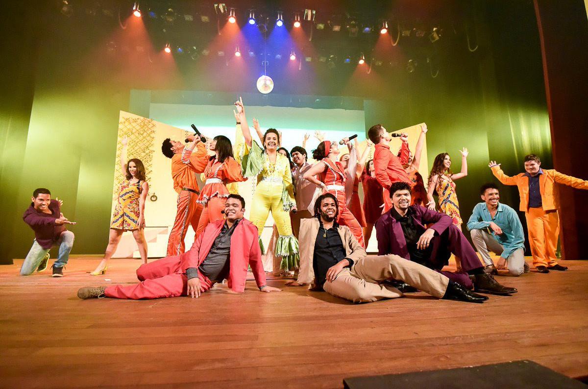 """O espetáculo """"Mamma Mia!"""" abre a programação. (Foto: Reprodução)"""