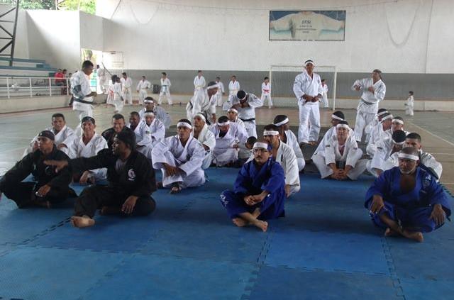 Alunos do Tae Chuan-Dô em momento de treinos em uma academia da cidade. (Foto: Divulgação)