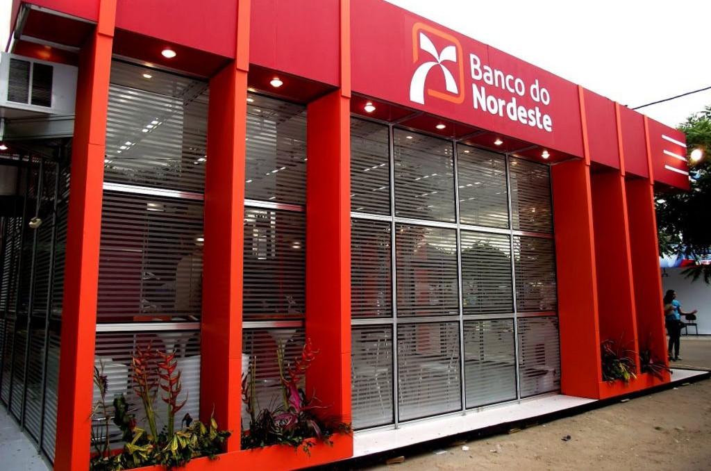 O total de 700 vagas tem apenas oito para contratação imediata. (Foto: Hemerson Pinto)