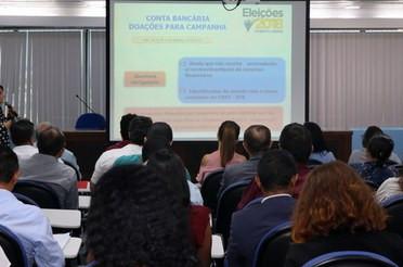 Participantes durante palestra realizada ontem. (Foto: (Foto: TRE/MA))