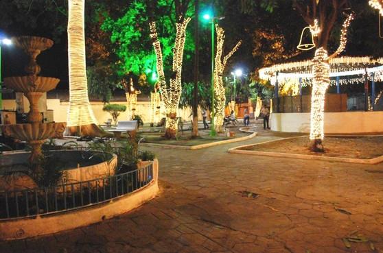 A praça sempre foi palco de atividades culturais em Imperatriz. (Foto: Reprodução)