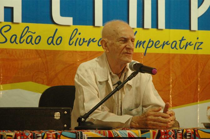 Ariano Suassuna foi um dos convidados ilustres a participar do evento. (Foto: Reprodução)