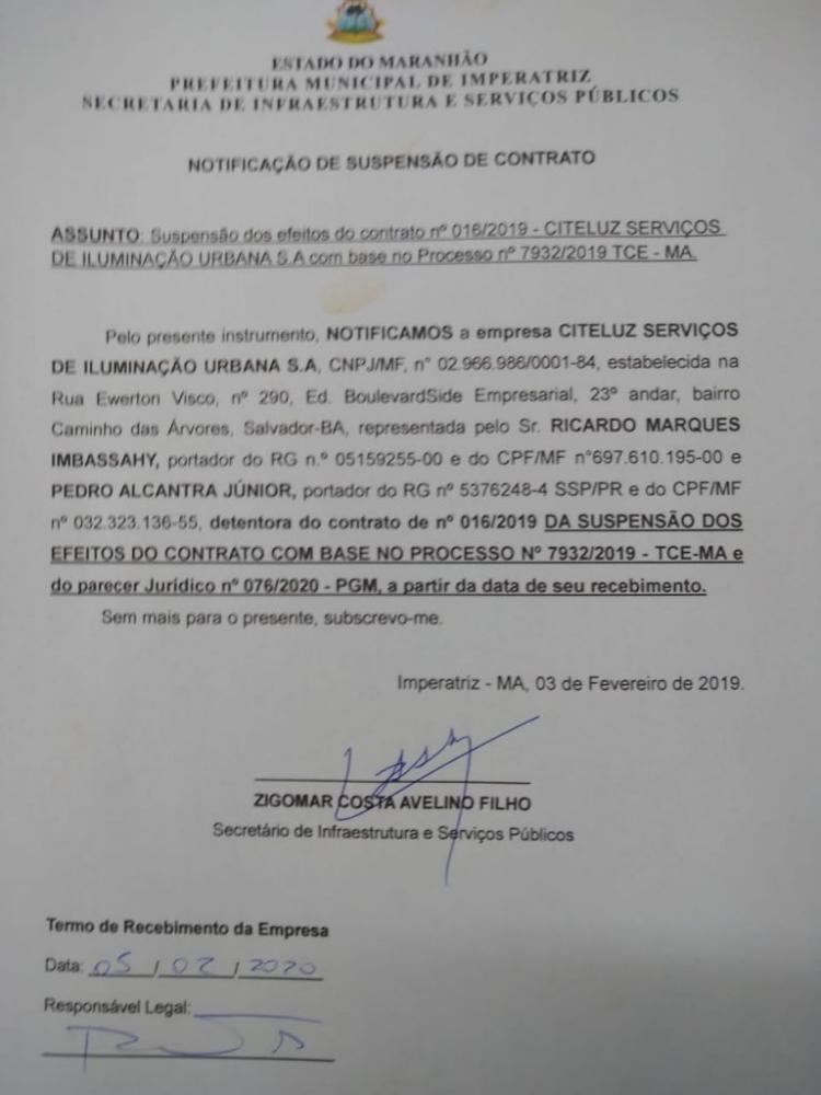 Parecer da Procuradoria Geral do Município recomendando a suspensão do contrato