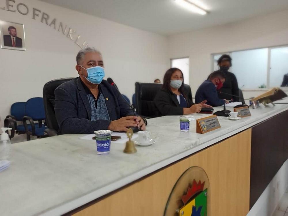 Vetos totais da prefeitura a gratificação de servidores da saúde expostos ao covid-19 e ao reajuste aos agentes comunitários de saúde foram derrubados pela Câmara Municipal