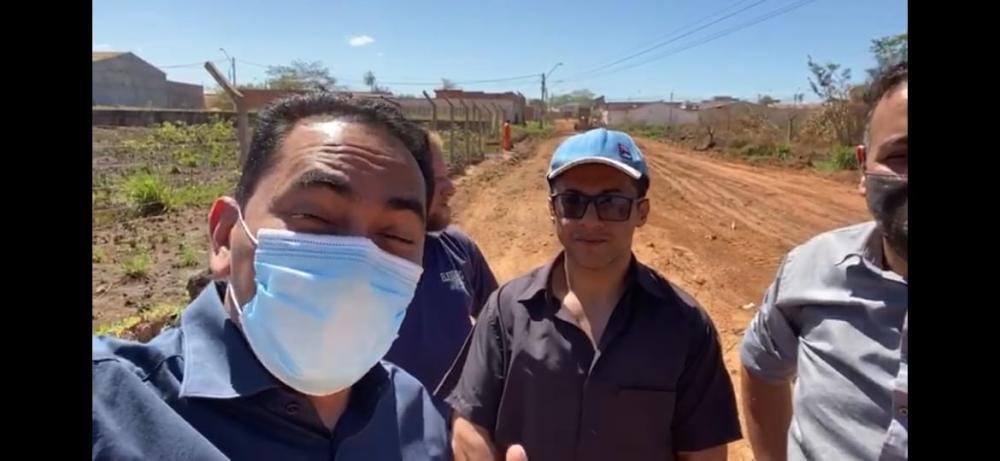 O prefeito Assis Ramos e o pré candidato a vereador Josevan Marques: Juntos mas não misturados?