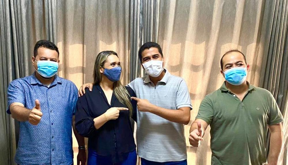 Rose Vincentine (PSB) ao lado de Clayton Noleto, Dep. Marco Aurélio e Dep. Rildo Amaral