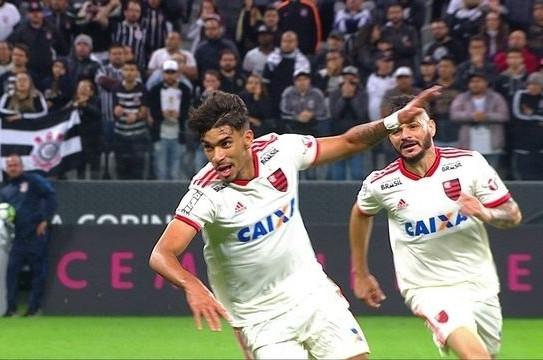 Lucas Paquetá marcou duas vezes na vitória do Flamengo, por 3 x 0, sobre o Corinthians. (Foto: Divulgação)